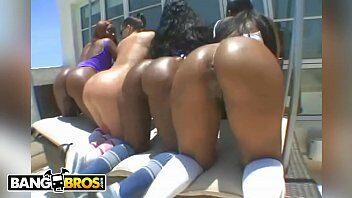 caiunanet mulatas safadas fazendo orgia com homens dotados