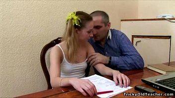 Whatsapp do sexo com novinha dando na escola