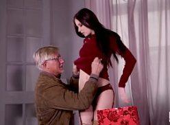 Caseiras tube transando com homem mais velho