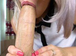 Mulheres gemendo muito no sexo oral
